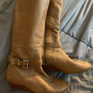 Jessica Simpson short heel boots